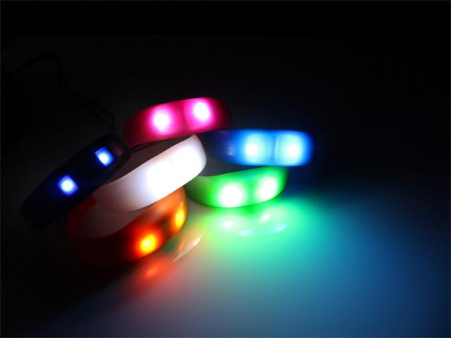 Blink-bands-2